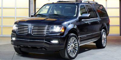2017 LINCOLN Navigator L at Bergstrom Automotive