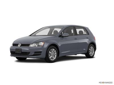 2017 Volkswagen Golf at Bergstrom Automotive