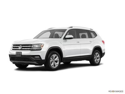 2018 Volkswagen Atlas at Bergstrom Imports on Victory Lane