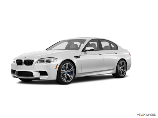 2016 BMW M5 in Alpine White