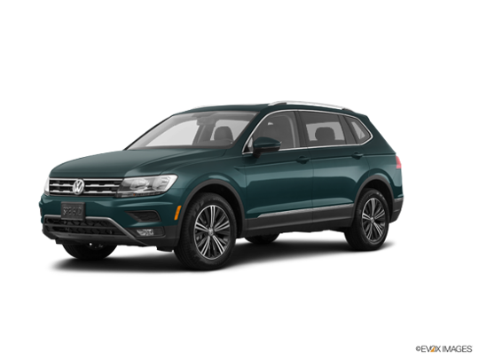 2018 Volkswagen Tiguan in Dark Moss Green Metallic