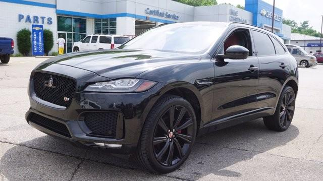 2017 Jaguar F-PACE Vehicle Photo in Milford, OH 45150