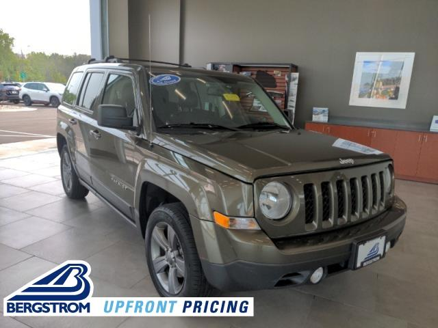 2015 Jeep Patriot Vehicle Photo in Green Bay, WI 54304
