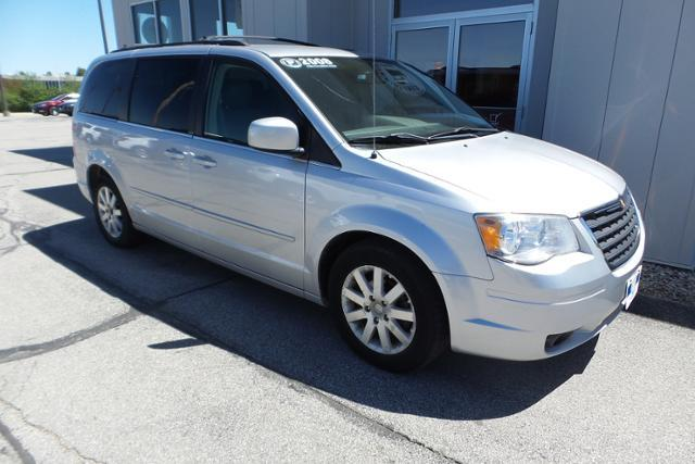 Used 2008 Chrysler Town & Country 4dr Wgn Touring