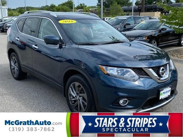 2016 Nissan Rogue Vehicle Photo in Coralville, IA 52241