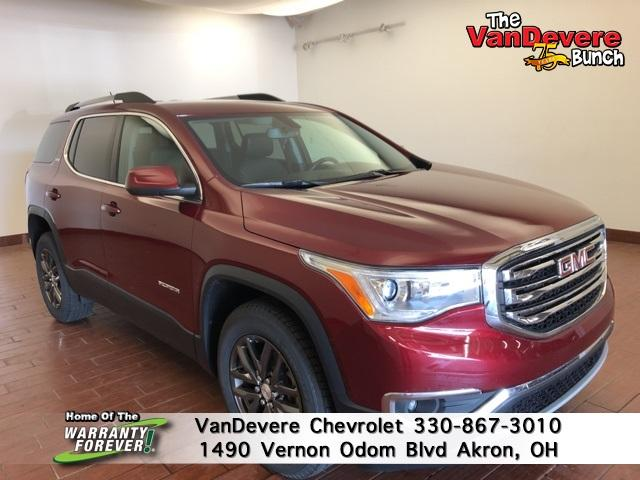 2018 GMC Acadia Vehicle Photo in Akron, OH 44320