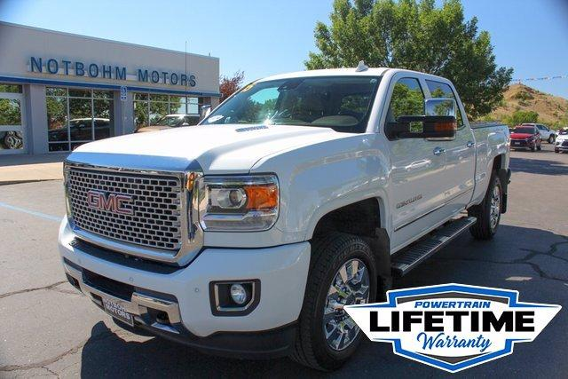 2015 GMC Sierra 2500HD available WiFi Vehicle Photo in Miles City, MT 59301-5791
