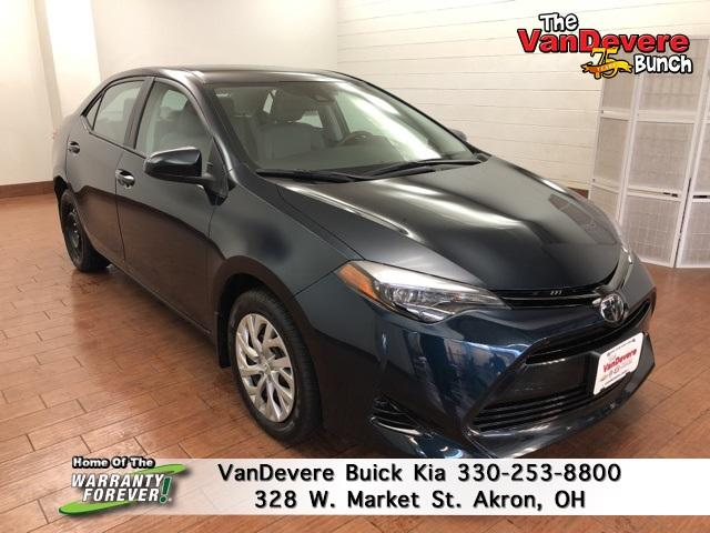 2018 Toyota Corolla Vehicle Photo in Akron, OH 44303