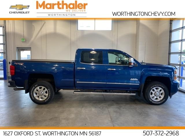 2015 Chevrolet Silverado 3500HD Built After Aug 14 Vehicle Photo in Worthington, MN 56187