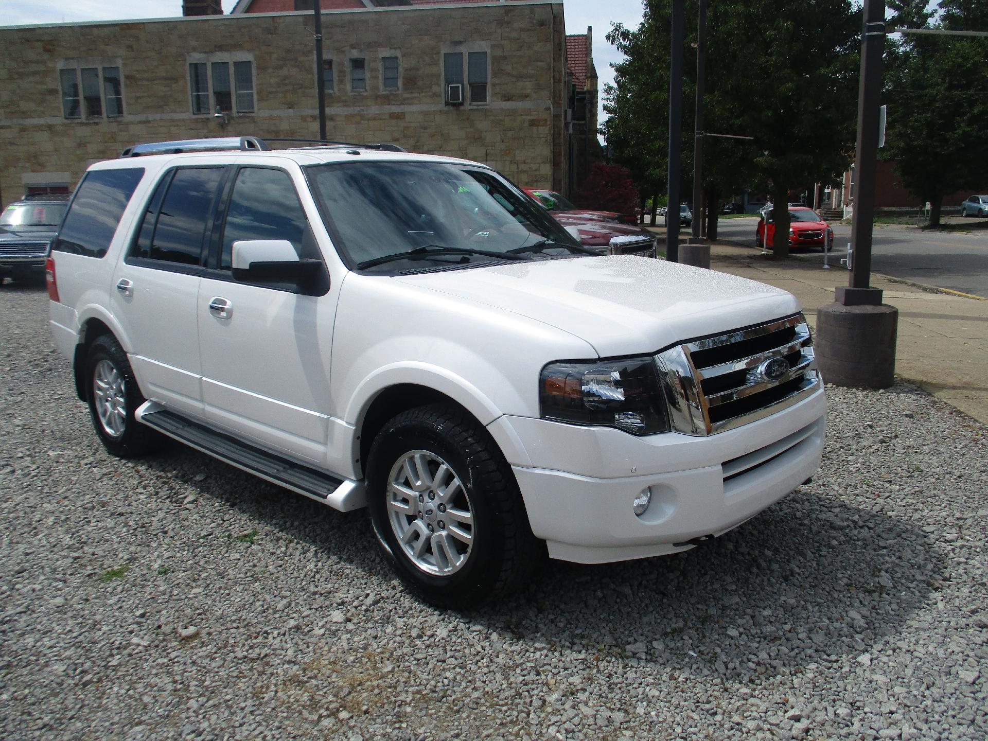 2012 Ford Expedition Vehicle Photo in Kittanning, PA 16201