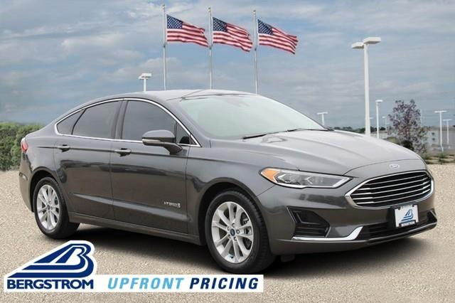 2019 Ford Fusion Hybrid Vehicle Photo in MADISON, WI 53713-3220