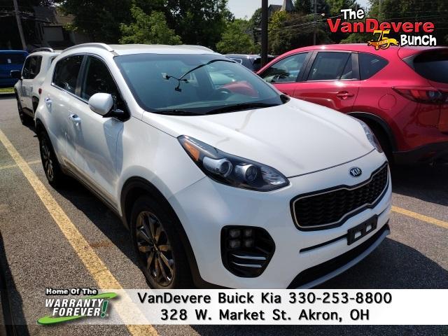 2018 Kia Sportage Vehicle Photo in AKRON, OH 44303-2185