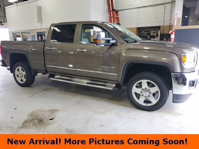 2015 GMC Sierra 2500HD available WiFi Vehicle Photo in DEPEW, NY 14043-2608