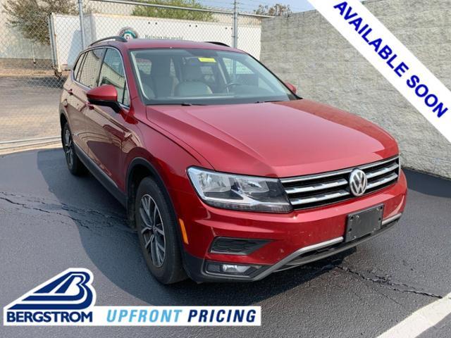 2018 Volkswagen Tiguan Vehicle Photo in APPLETON, WI 54914-4656