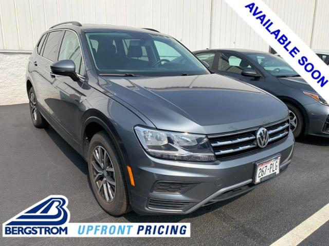 2019 Volkswagen Tiguan Vehicle Photo in APPLETON, WI 54914-4656