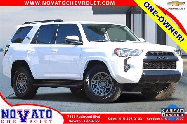 2019 Toyota 4Runner Vehicle Photo in NOVATO, CA 94945-4102