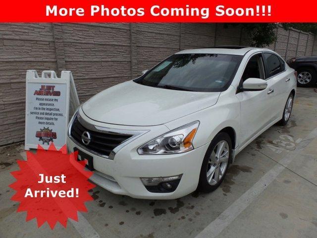 2013 Nissan Altima Vehicle Photo in San Antonio, TX 78209