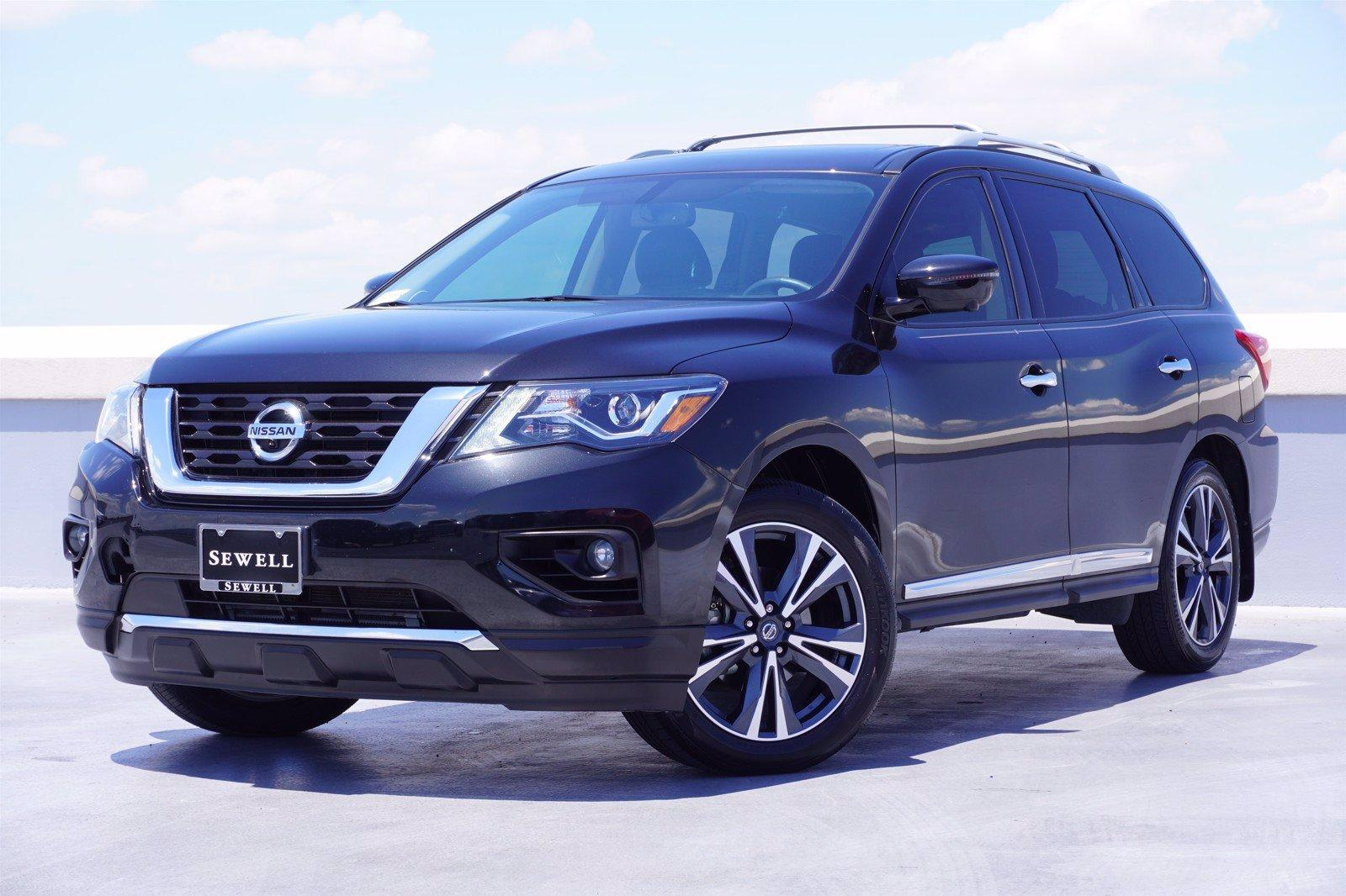 2019 Nissan Pathfinder Vehicle Photo in Dallas, TX 75209