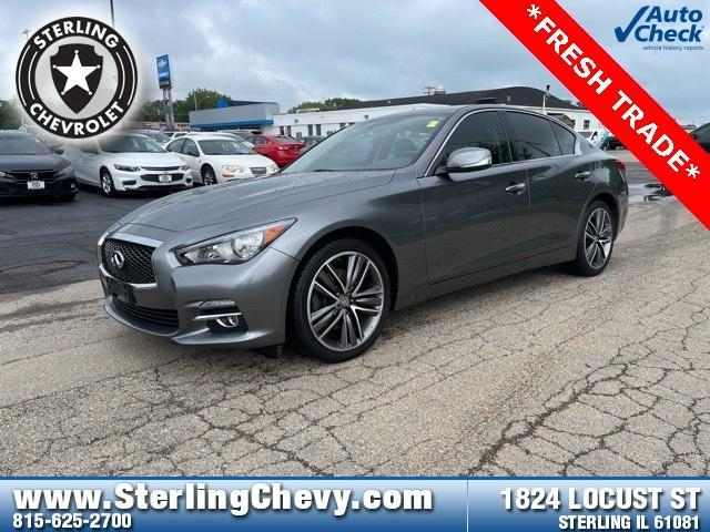 2015 INFINITI Q50 Vehicle Photo in STERLING, IL 61081-1198
