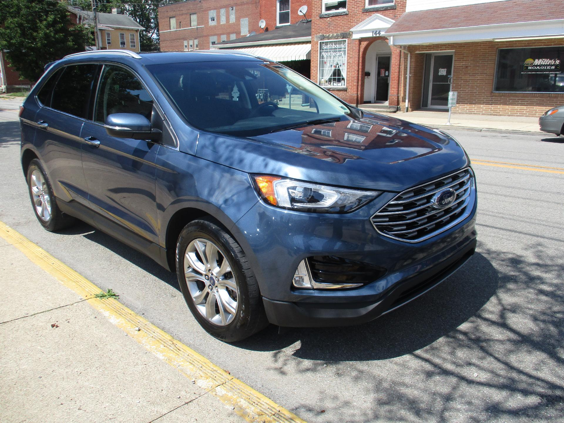 2019 Ford Edge Vehicle Photo in KITTANNING, PA 16201-1536