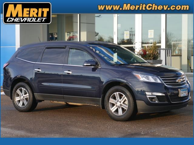 2017 Chevrolet Traverse Vehicle Photo in Maplewood, MN 55119