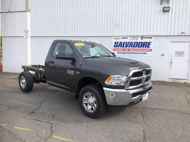 2017 Ram 3500 Chassis Cab Vehicle Photo in Gardner, MA 01440