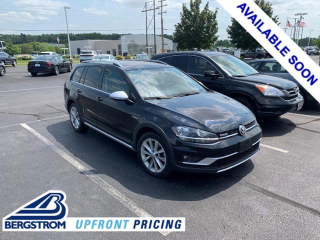 2018 Volkswagen Golf Alltrack Vehicle Photo in Appleton, WI 54913