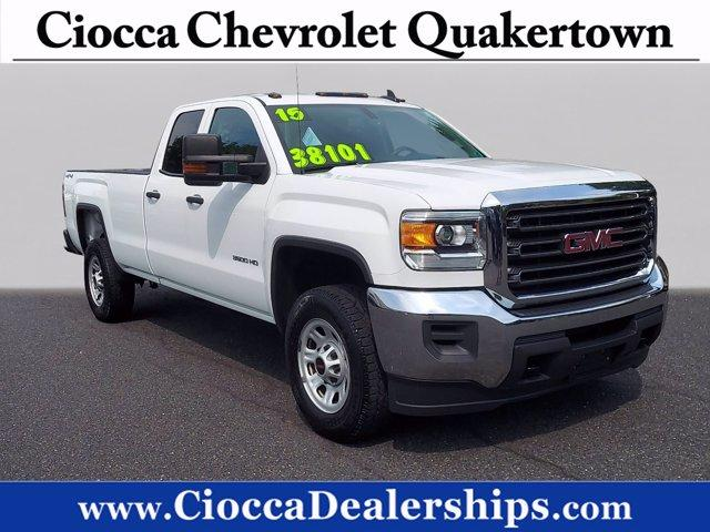 2015 GMC Sierra 3500HD available WiFi Vehicle Photo in QUAKERTOWN, PA 18951-2629