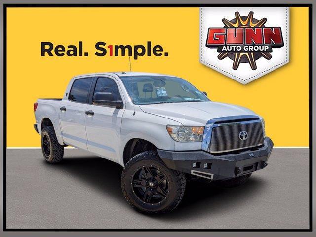 2013 Toyota Tundra 4WD Truck Vehicle Photo in Selma, TX 78154