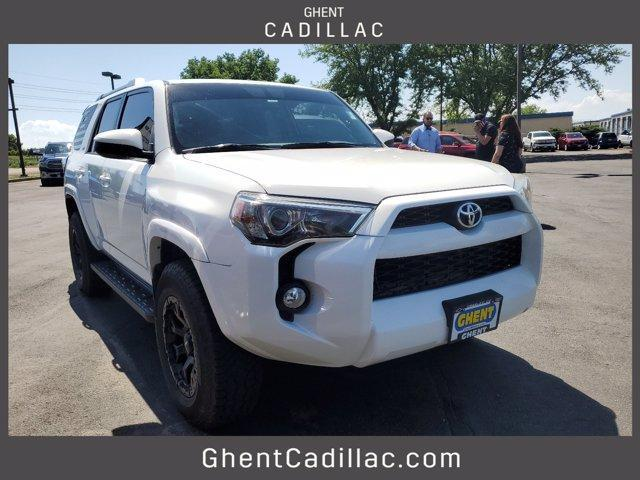 2016 Toyota 4Runner Vehicle Photo in Greeley, CO 80634