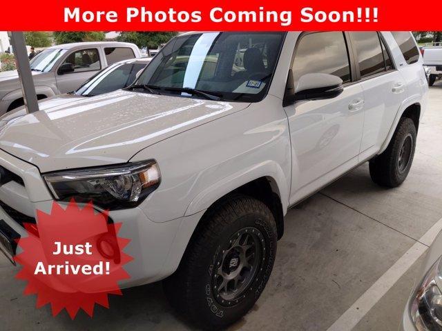 2017 Toyota 4Runner Vehicle Photo in SELMA, TX 78154-1460