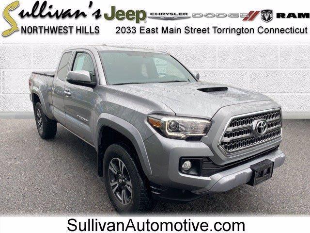 2017 Toyota Tacoma Vehicle Photo in TORRINGTON, CT 06790-3111