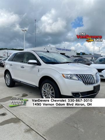 2013 LINCOLN MKX Vehicle Photo in Akron, OH 44320