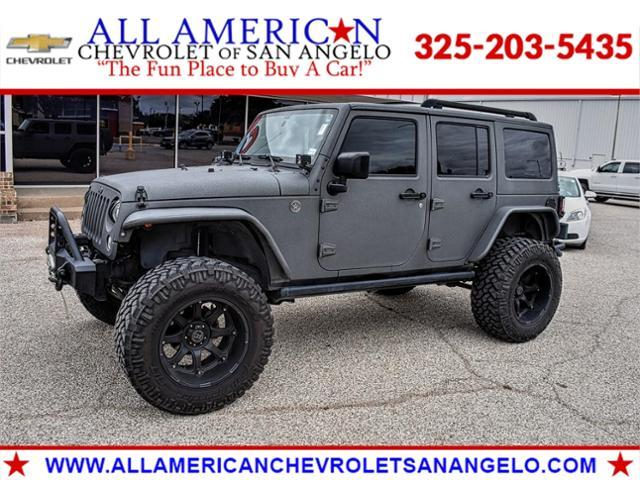 2017 Jeep Wrangler Unlimited Vehicle Photo in SAN ANGELO, TX 76903-5798