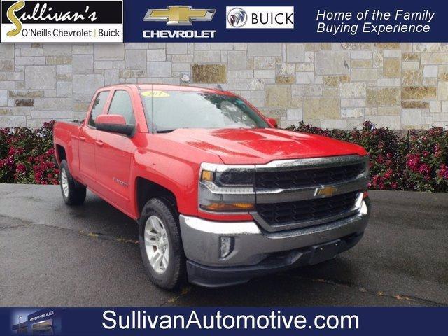 2017 Chevrolet Silverado 1500 Vehicle Photo in AVON, CT 06001-3717