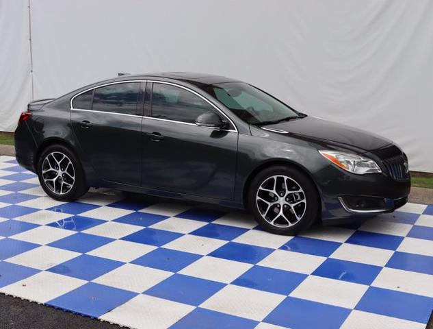 2017 Buick Regal Vehicle Photo in FRANKLIN, TN 37067