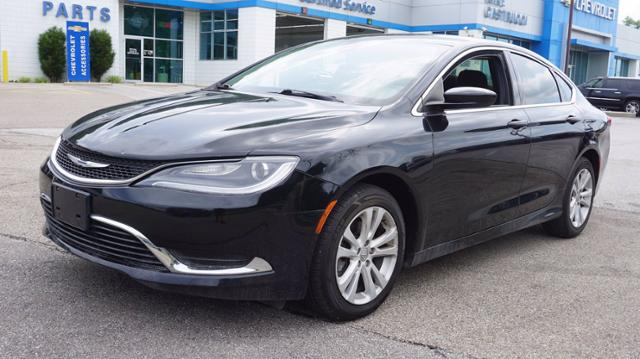 2015 Chrysler 200 Vehicle Photo in MILFORD, OH 45150-1684