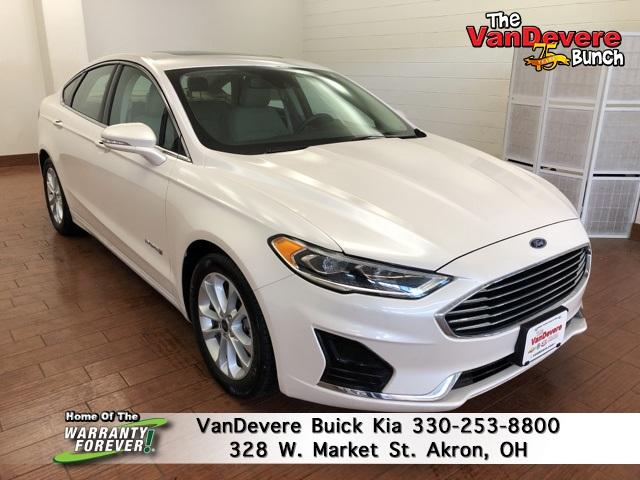 2019 Ford Fusion Hybrid Vehicle Photo in Akron, OH 44303