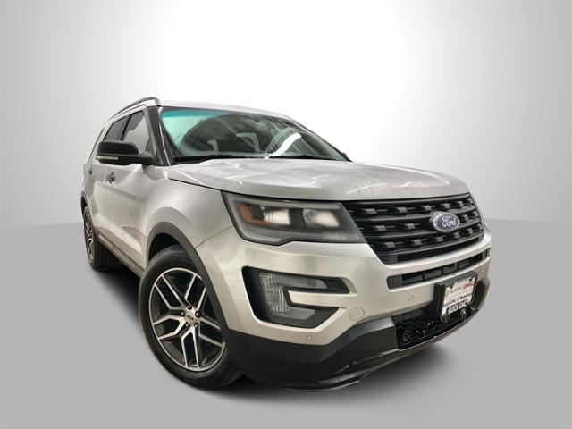 2016 Ford Explorer Vehicle Photo in Portland, OR 97225