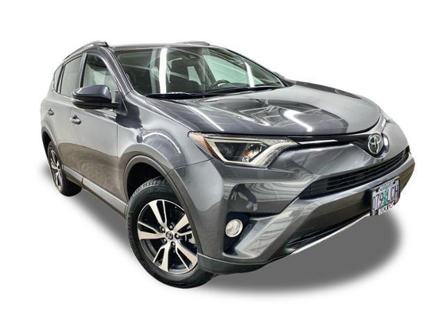 2018 Toyota RAV4 Vehicle Photo in PORTLAND, OR 97225-3518
