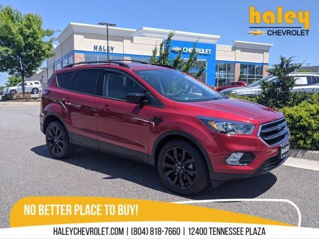 2018 Ford Escape Vehicle Photo in MIDLOTHIAN, VA 23112