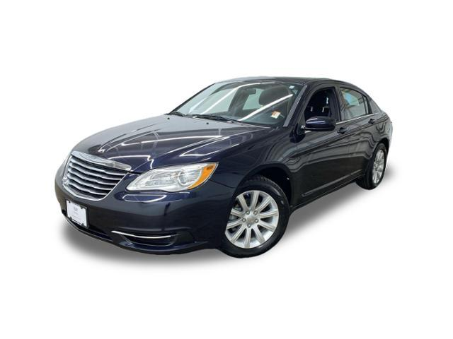 2011 Chrysler 200 Vehicle Photo in PORTLAND, OR 97225-3518