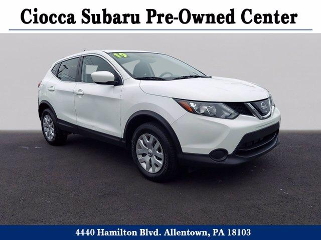2019 Nissan Rogue Sport Vehicle Photo in Allentown, PA 18103