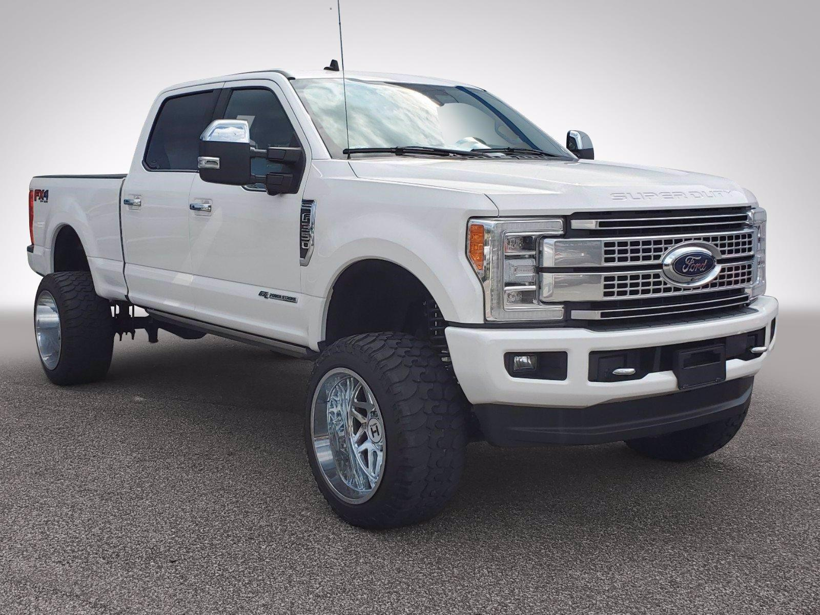2019 Ford Super Duty F-350 SRW Vehicle Photo in HOOVER, AL 35216