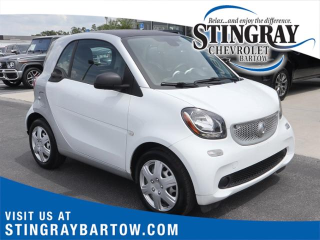 2016 smart fortwo Vehicle Photo in Bartow, FL 33830
