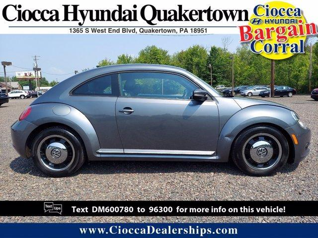 2013 Volkswagen Beetle Coupe Vehicle Photo in Quakertown, PA 18951