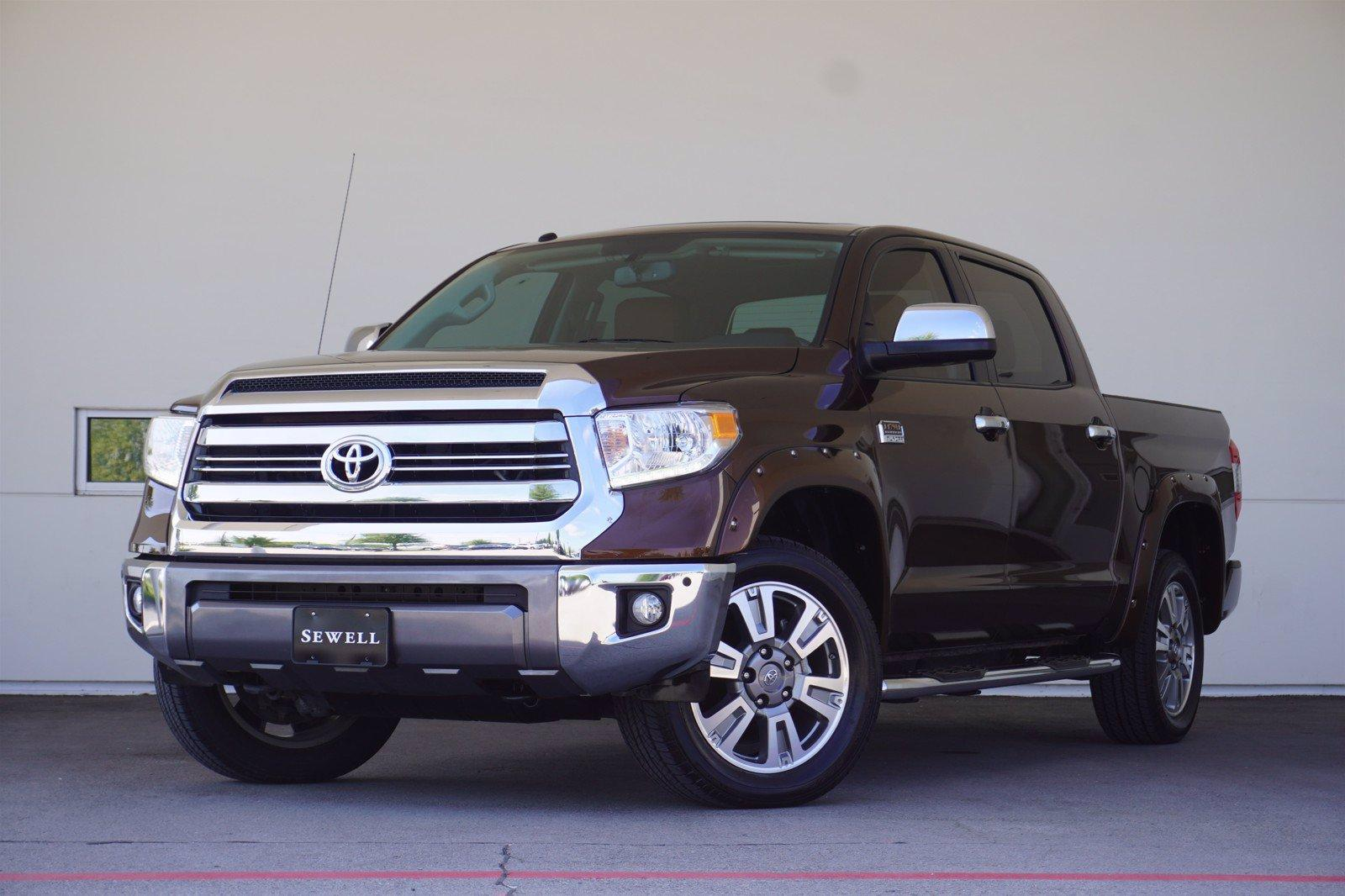 2017 Toyota Tundra 4WD Vehicle Photo in Grapevine, TX 76051