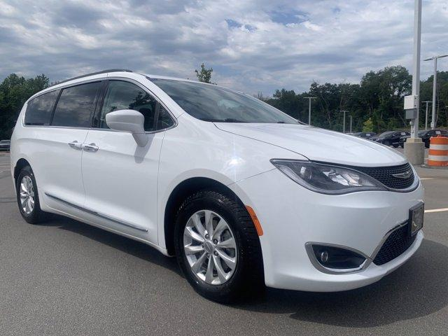 2017 Chrysler Pacifica Vehicle Photo in Charlotte, NC 28227