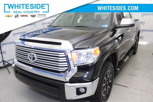 2017 Toyota Tundra 4WD Vehicle Photo in St. Clairsville, OH 43950
