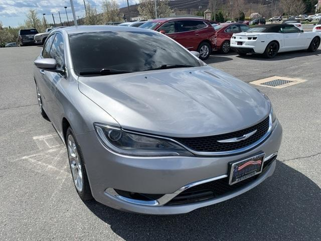 2016 Chrysler 200 Vehicle Photo in Watertown, CT 06795
